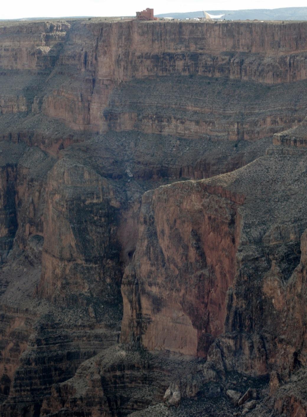 Grand Canyon walkway is a long way up!