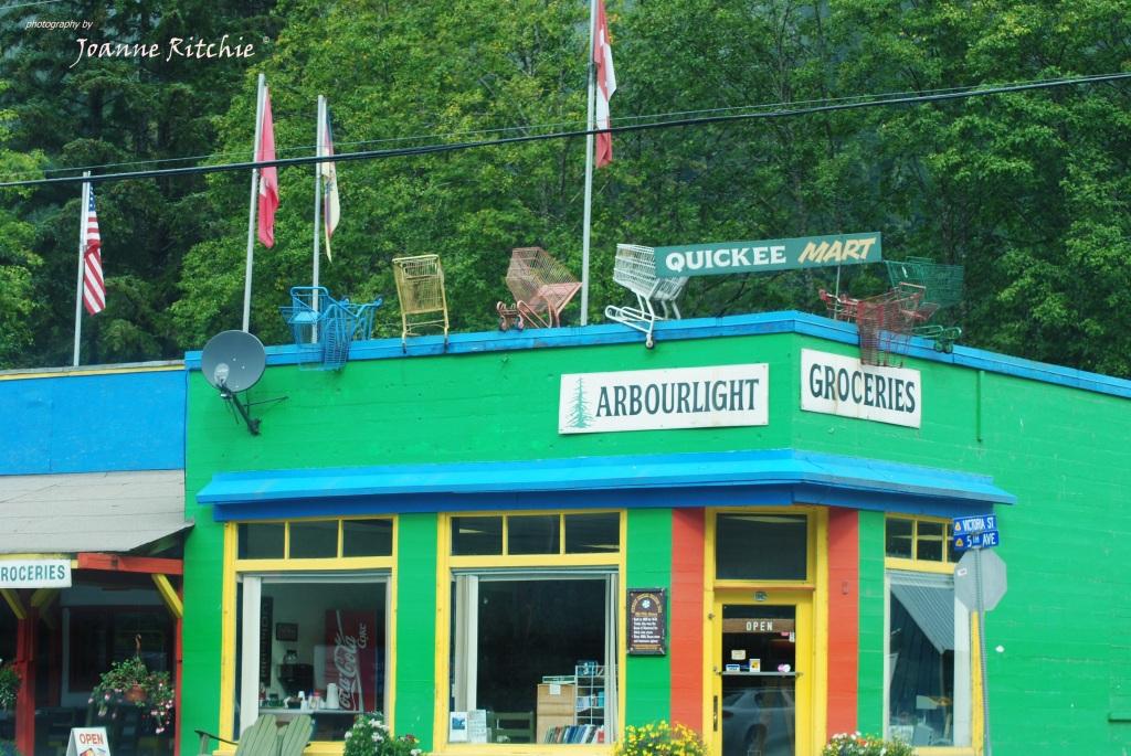 Unique shops of Steward